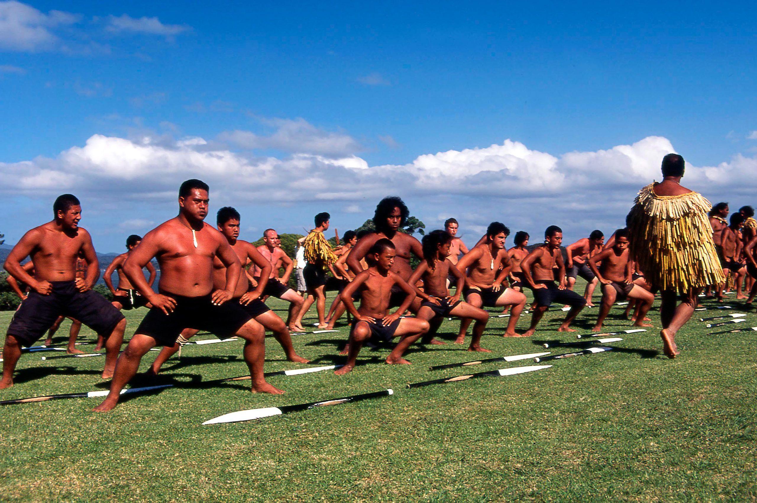 Qu'est-ce que le HAKA? Danse Maori ou robinetterie?